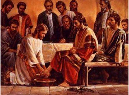 Oggi, giovedì santo, ricordiamo l'ultima cena di Gesù con i suoi discepoli…